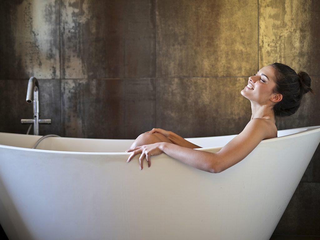 installing bathtub in an alcove