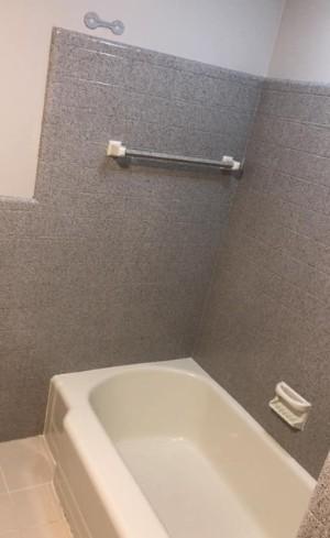bathtub reglazing lakewood