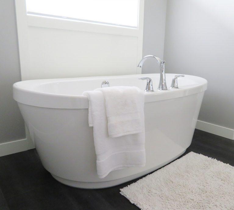 Things You Didn't Know About Bathtub Reglazing |Tub Reglazing | Bathtub Refinishing | VT Lakewood Tub Reglazing